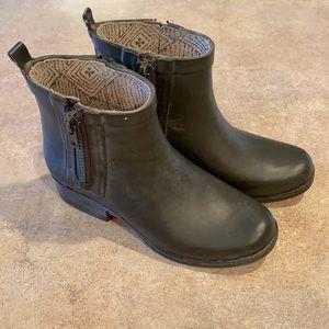 Women's Lucky Brand boots size 6